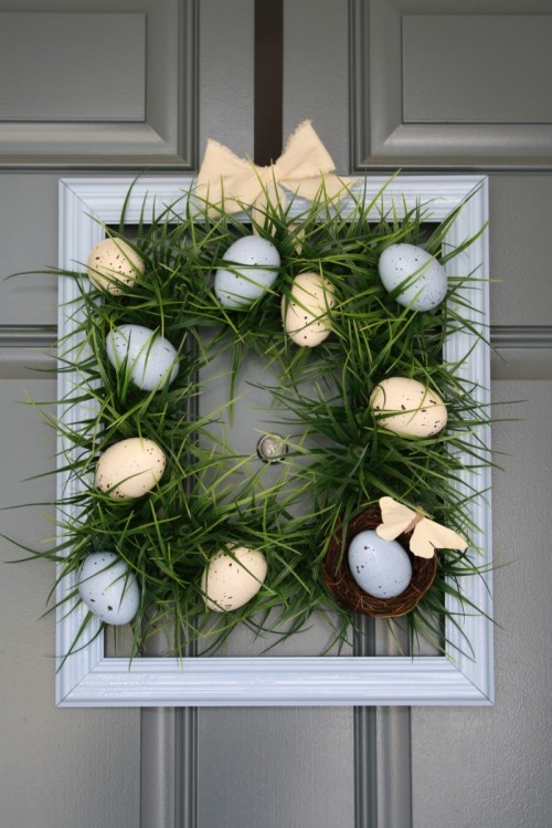 diy-easter-egg-grass-wreath-1-500x749