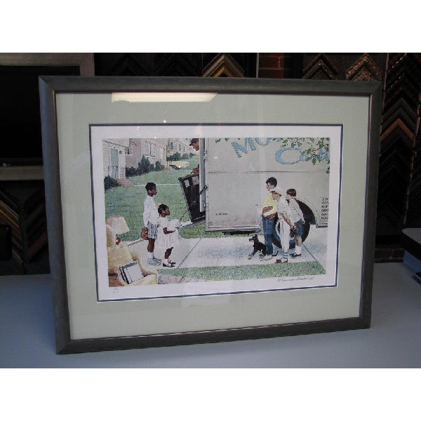 Custom Picture Framing 32